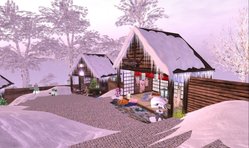 More LittyCatS cabins at Winterland.